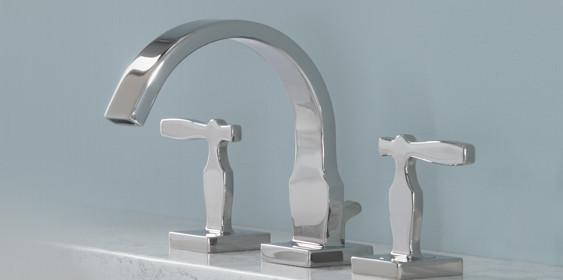 streamlined stainless steel bathroom vanity faucet